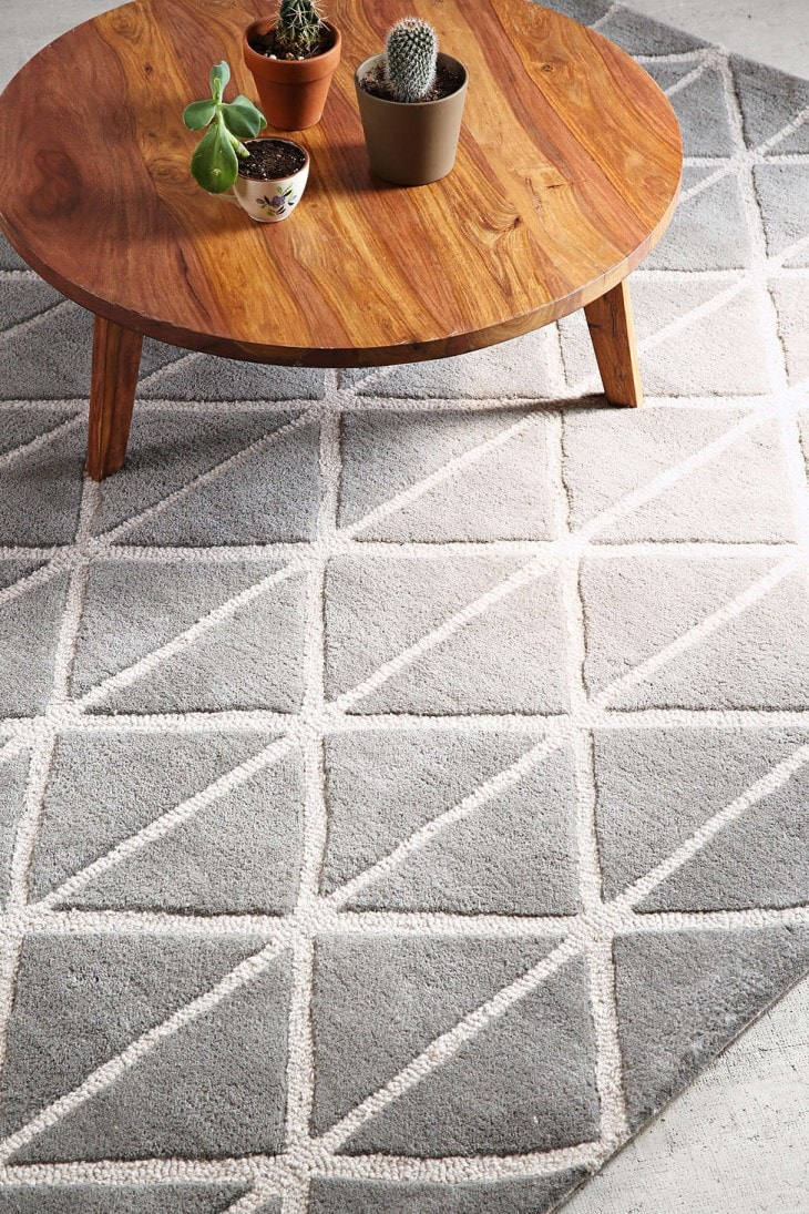 tufted-gray-rug