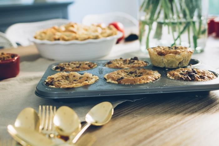 mini tollhouse pies - so cute!