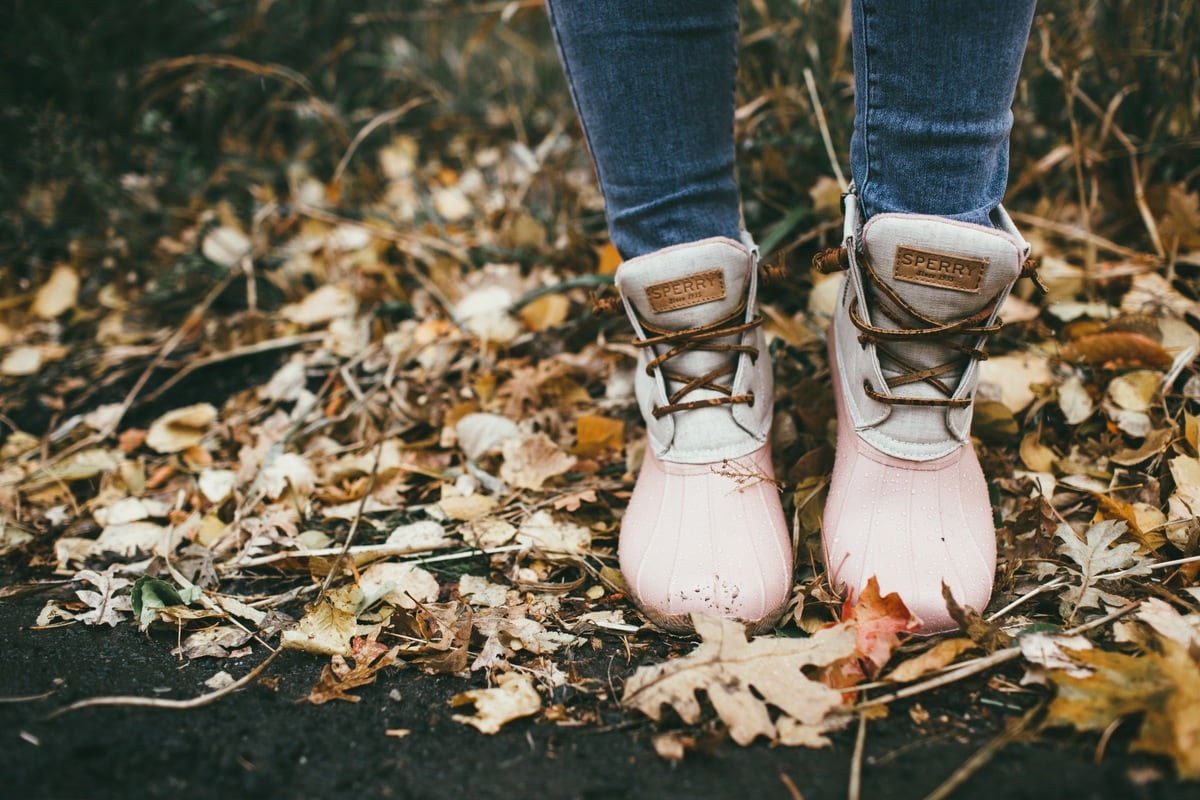 sperry pink duck booties