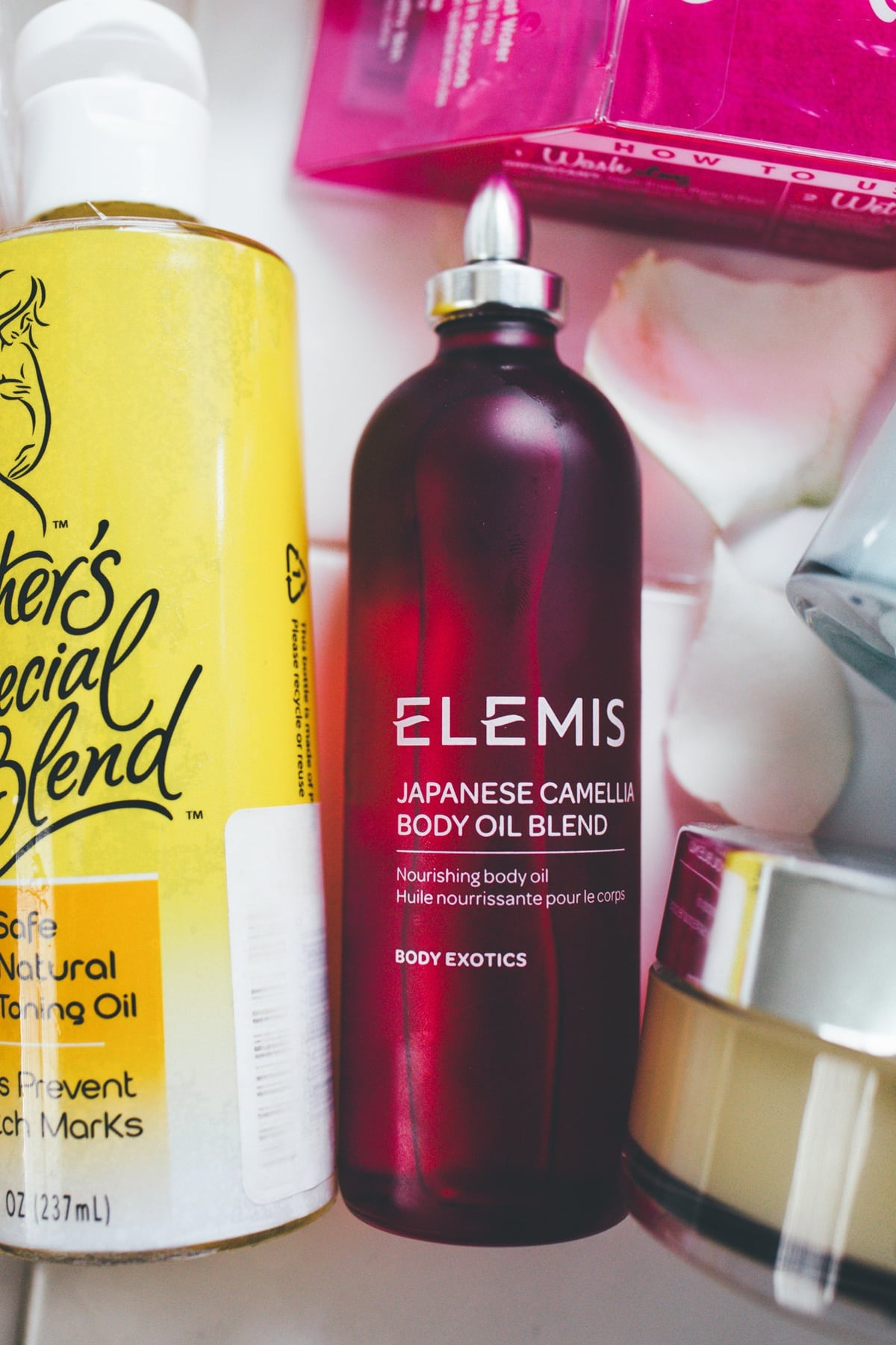Safe Skincare product for pregnant Elemis body oil blend