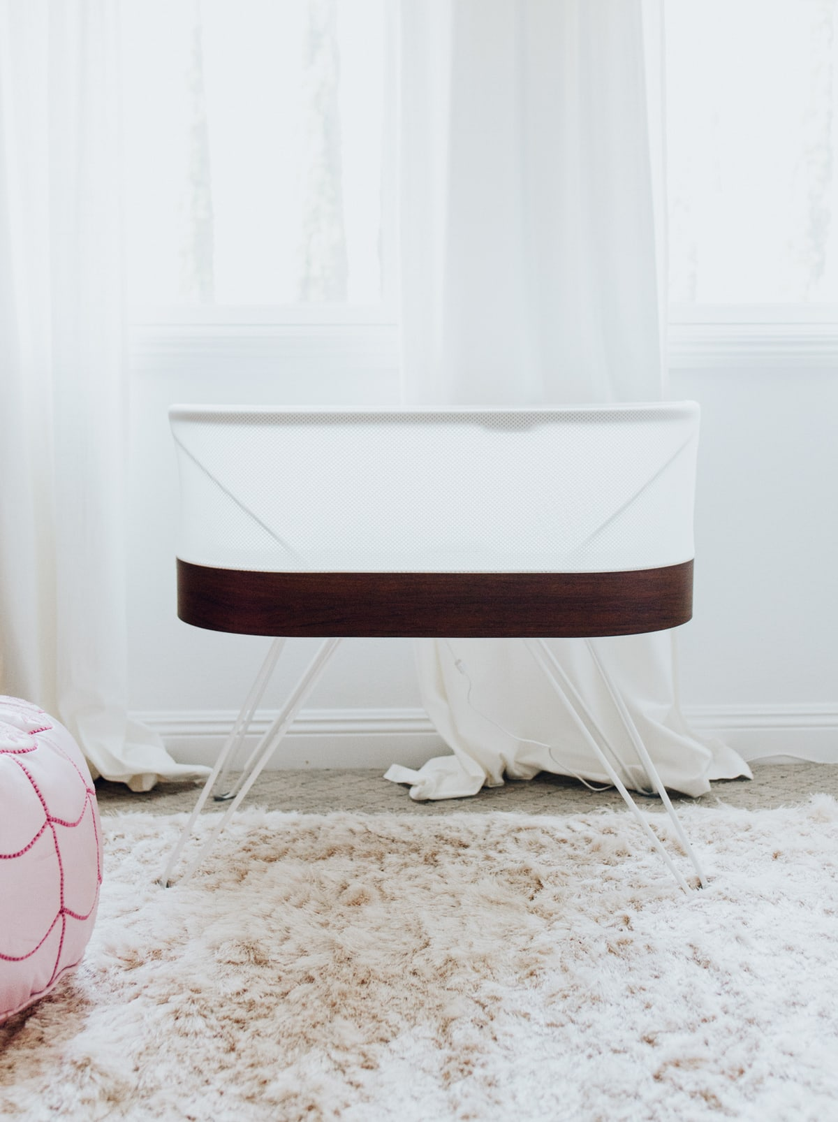 how to clean the snoo bassinet
