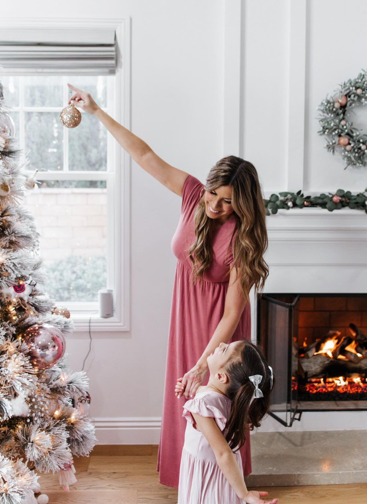 how to decorate a dreamy Christmas tree