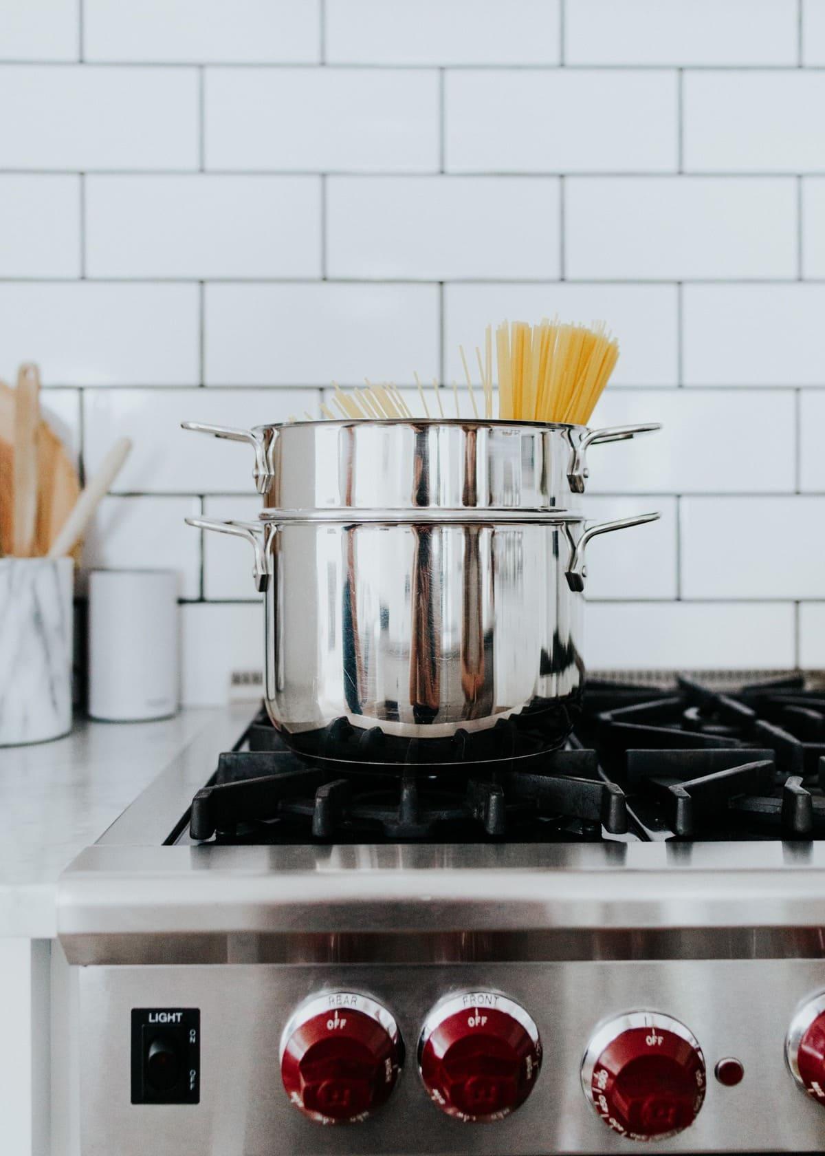 all-clad pasta pot with colander