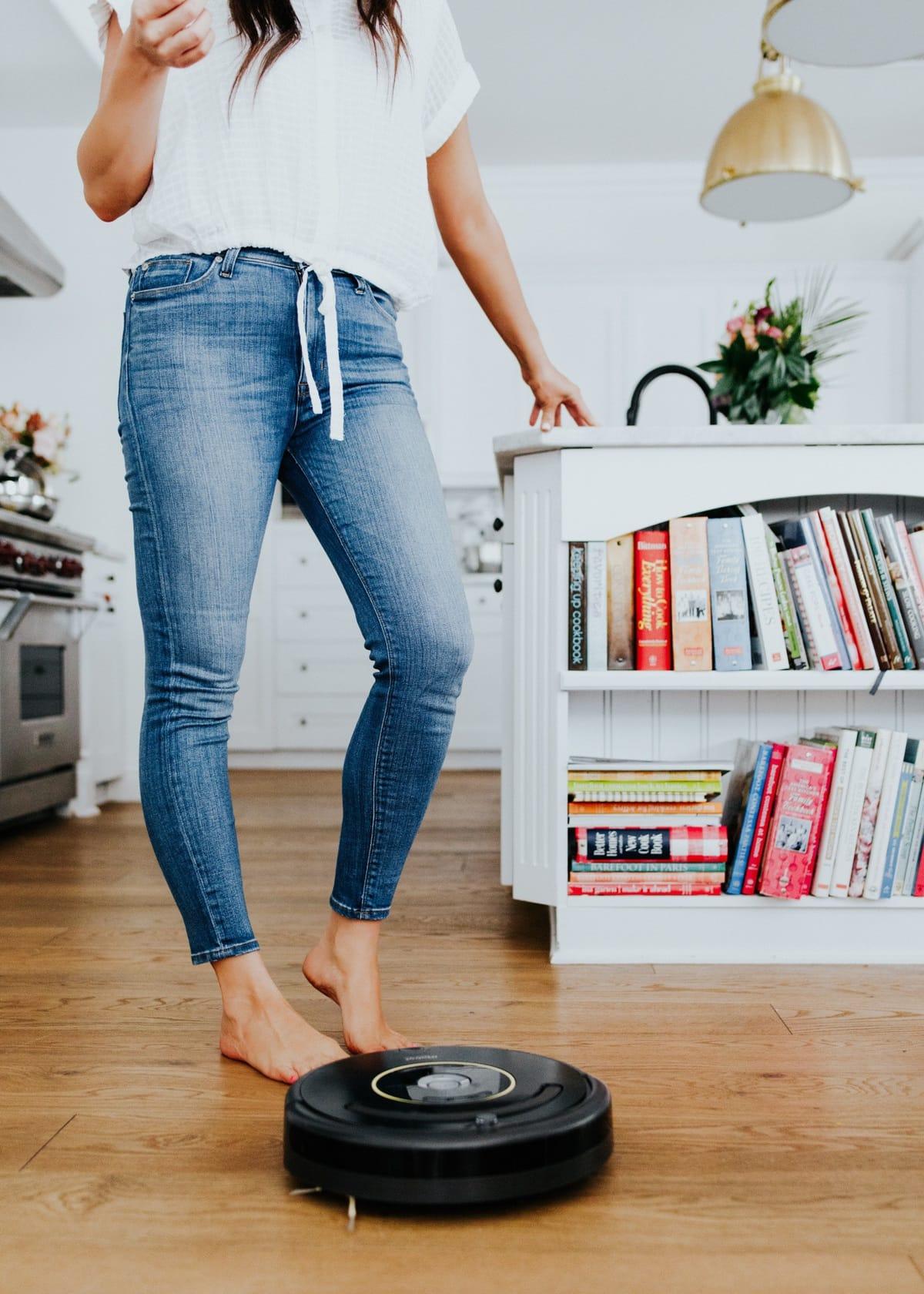 irobot roomba floor cleaner