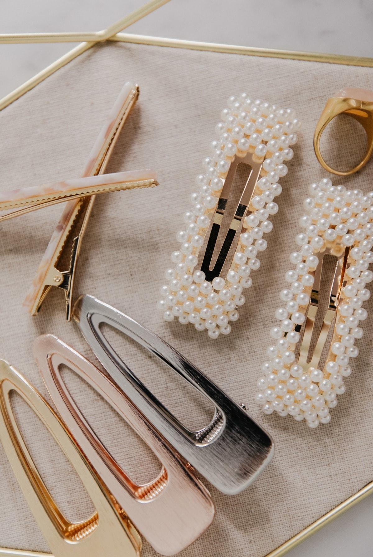 pearl clip