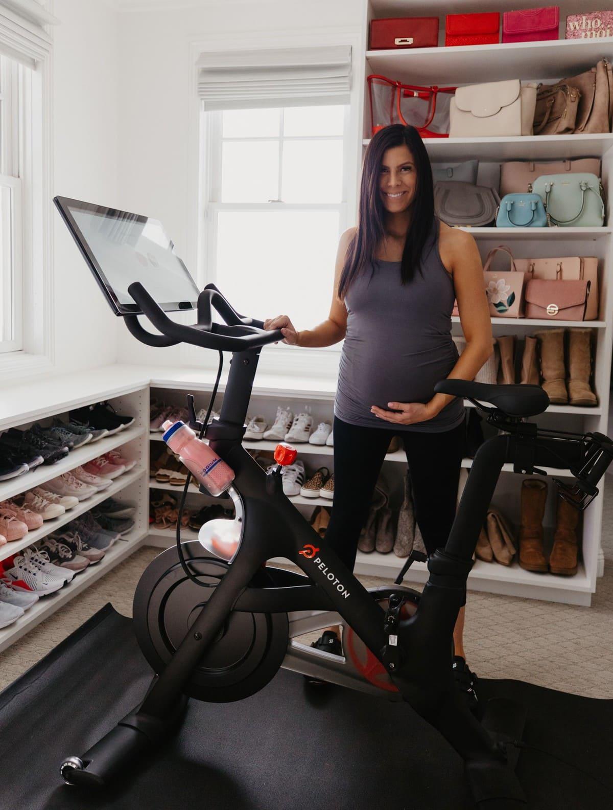 peleton maternity workout clothes