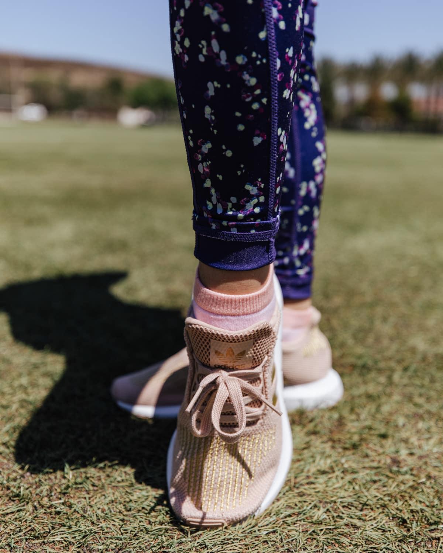 adidas swift run sneakers