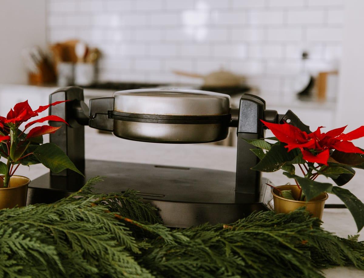 cuisinart waffle maker deal gift ideas