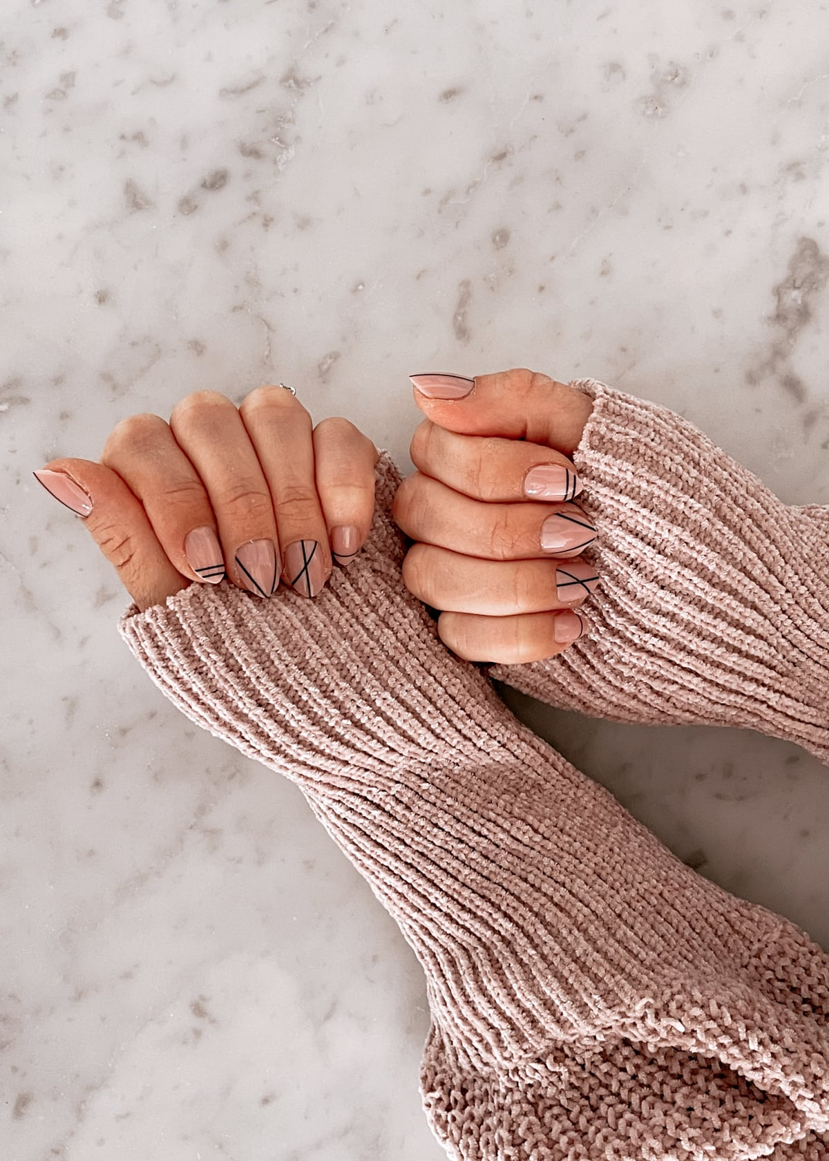 red aspen nails