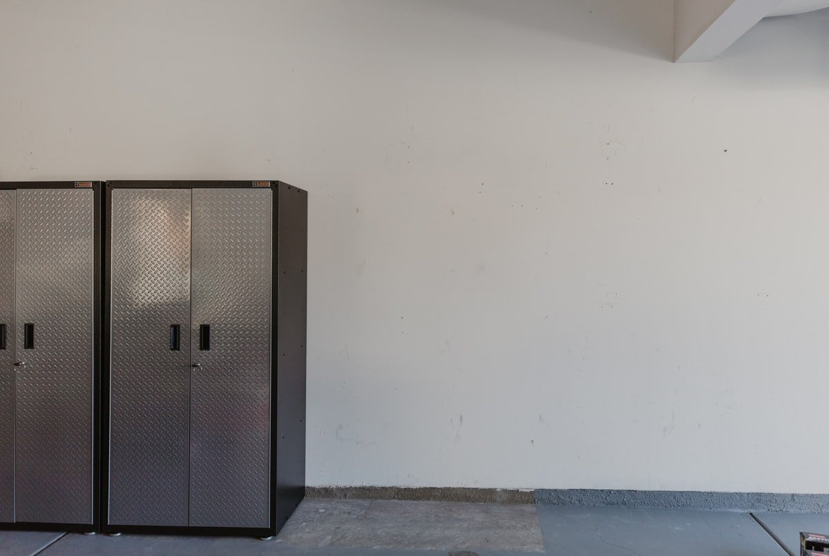 metal tool cabinets