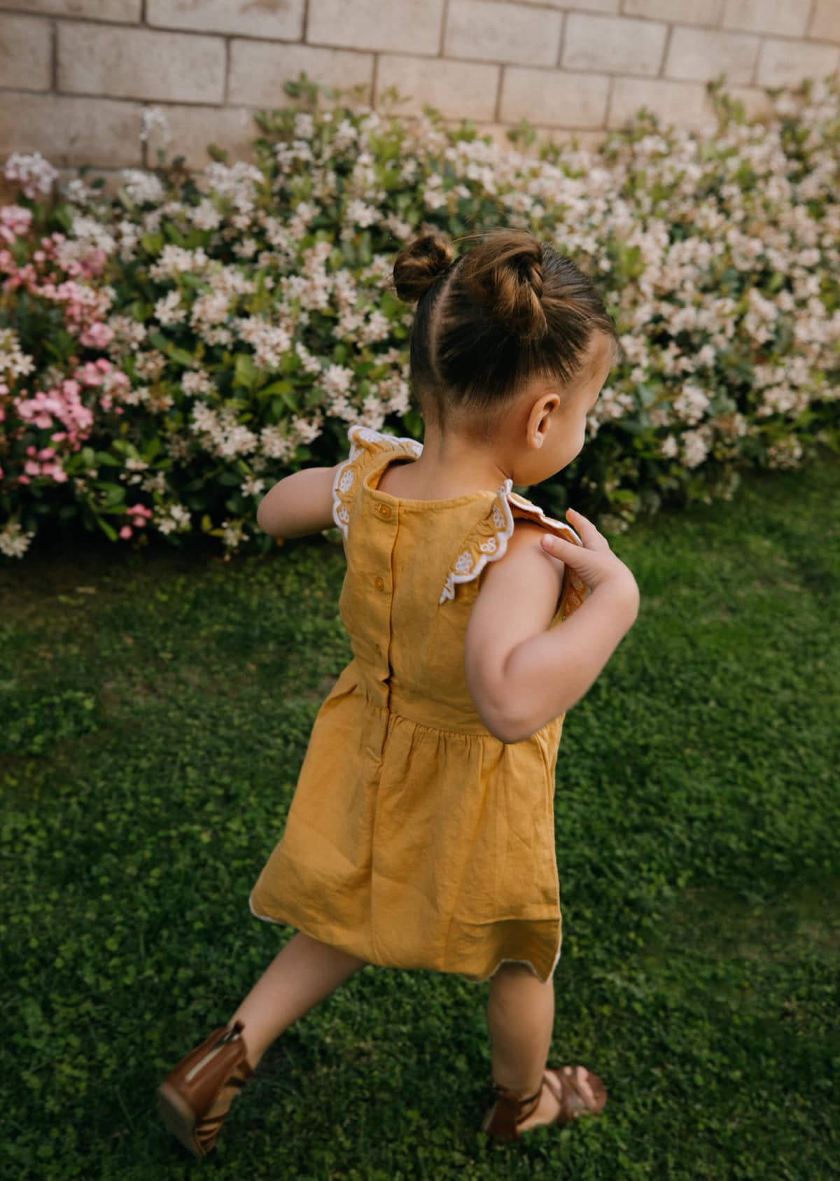 toddler outfits and sandals