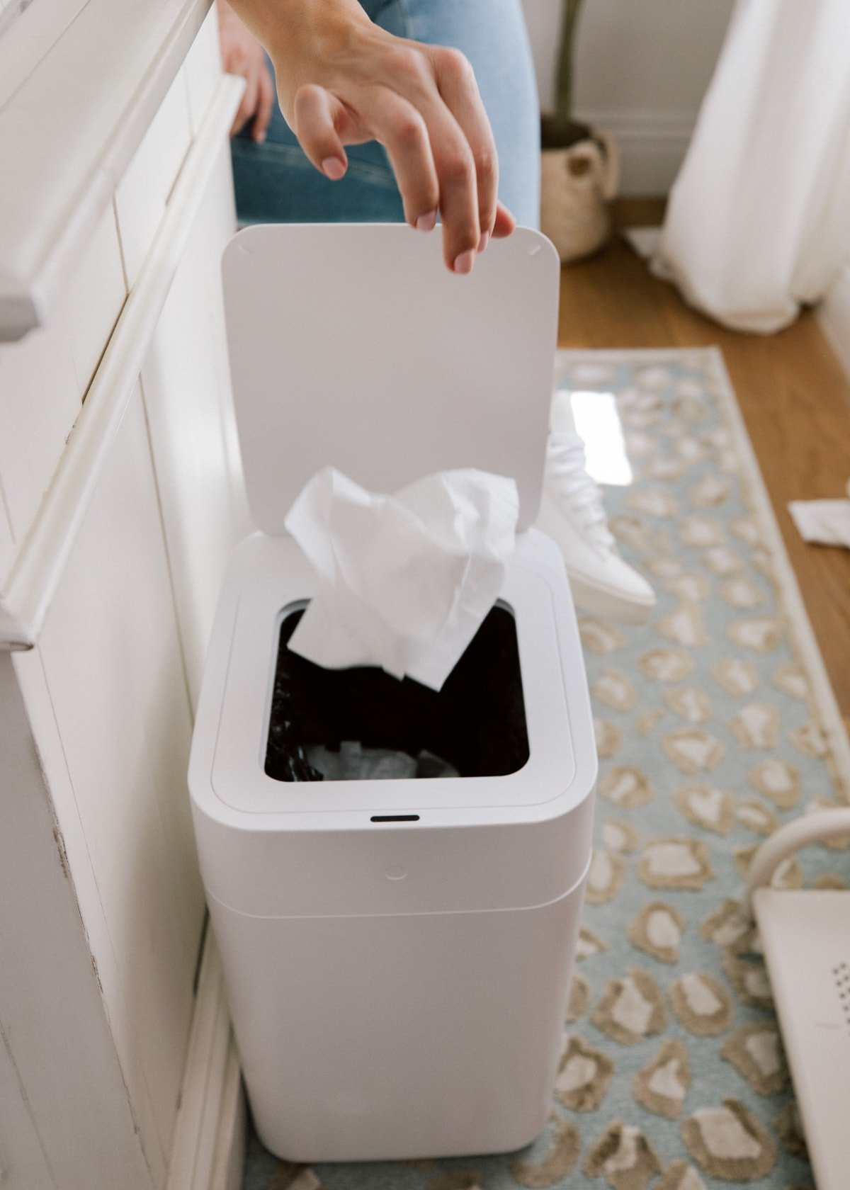 spring home refresh Self-Sealing & Changing Trash Can
