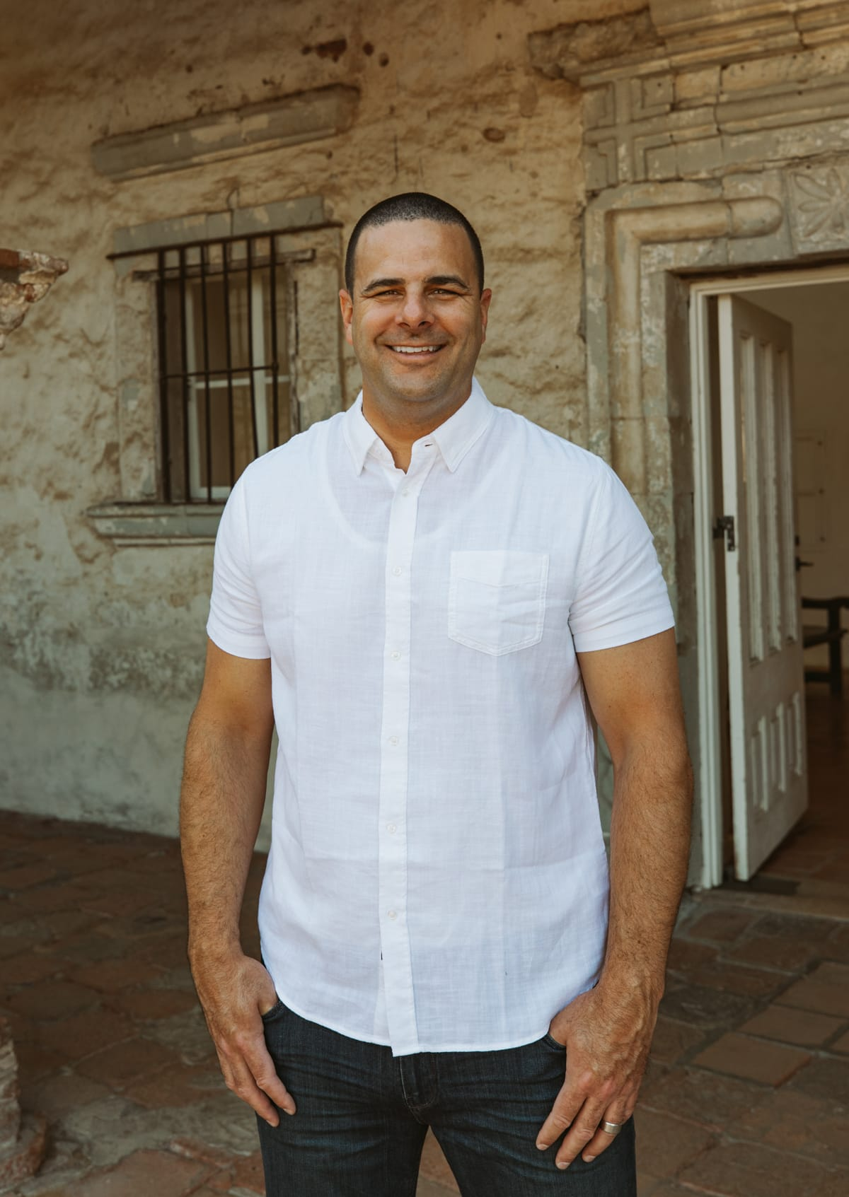 white button down shirt for men