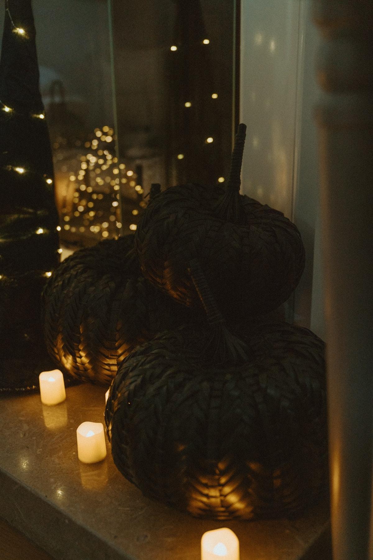 black woven pumpkins