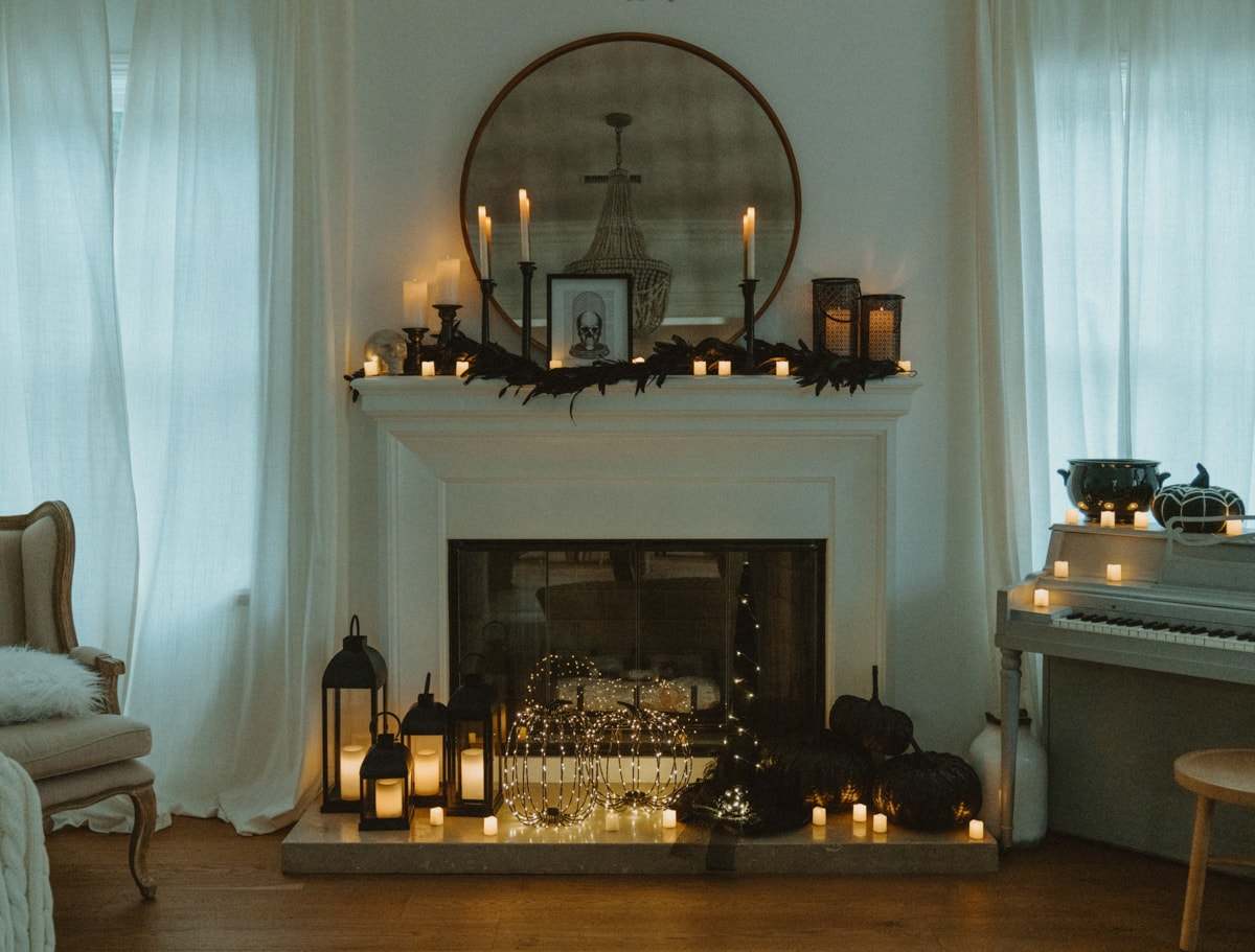 how to decorate your mantle for halloween
